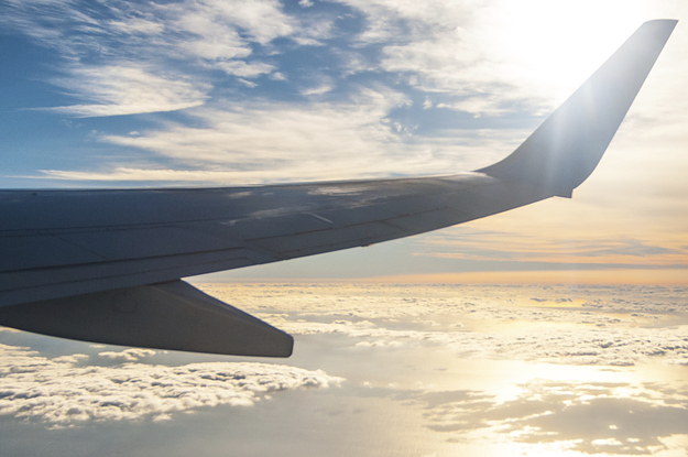 9 Scientific Hacks To Help You Get Over Jet Lag