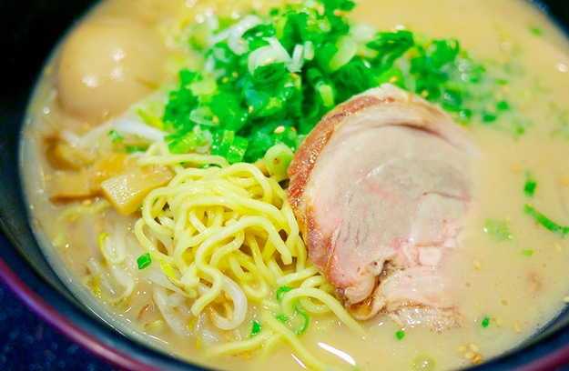 A bowl of Daikoko ramen at Daikokuya.