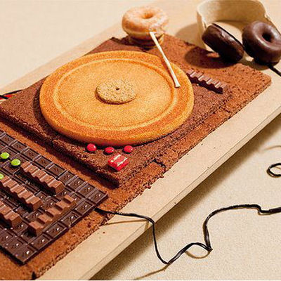 2. Chocolate turntable