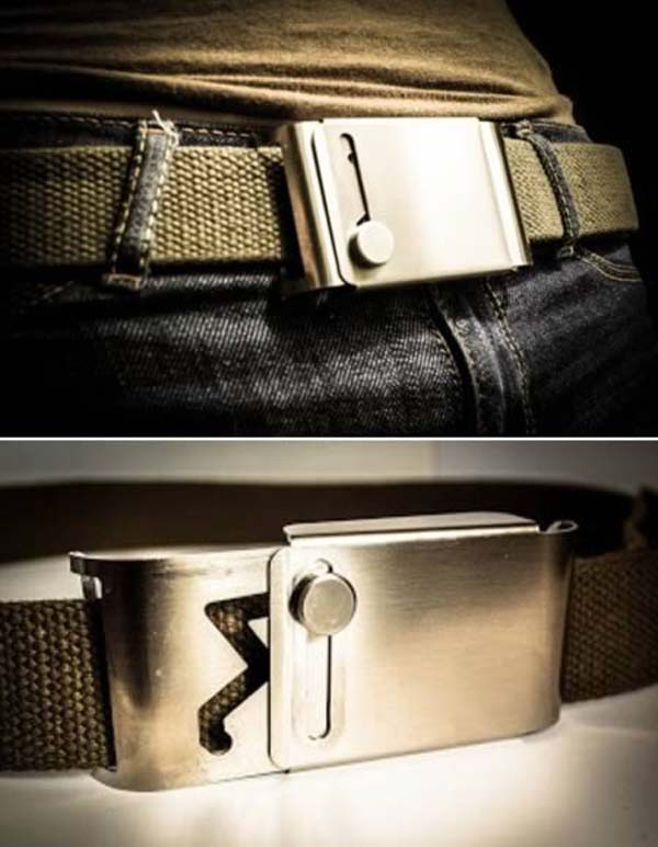 2.) This belt buckle requires two hands to use, preventing attackers from easily removing clothing.