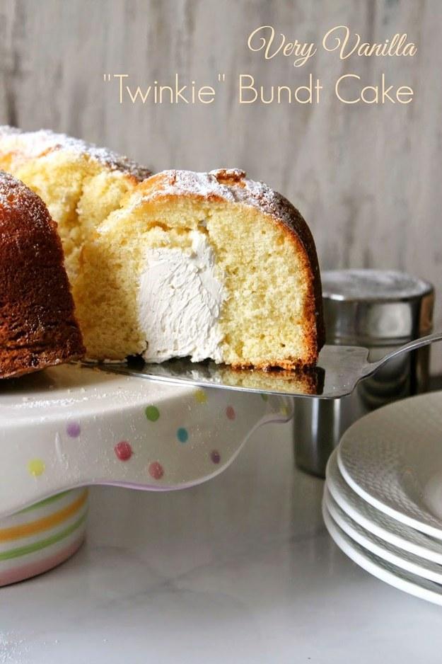 """""""Twinkie"""" Bundt Cake"""